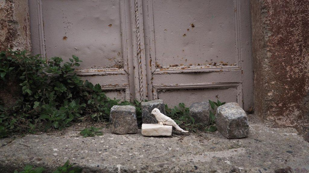 Hera Büyüktaşcıyan, Neither on the Ground, nor on the Sky (still), 2018. Video. Courtesy of the artist.