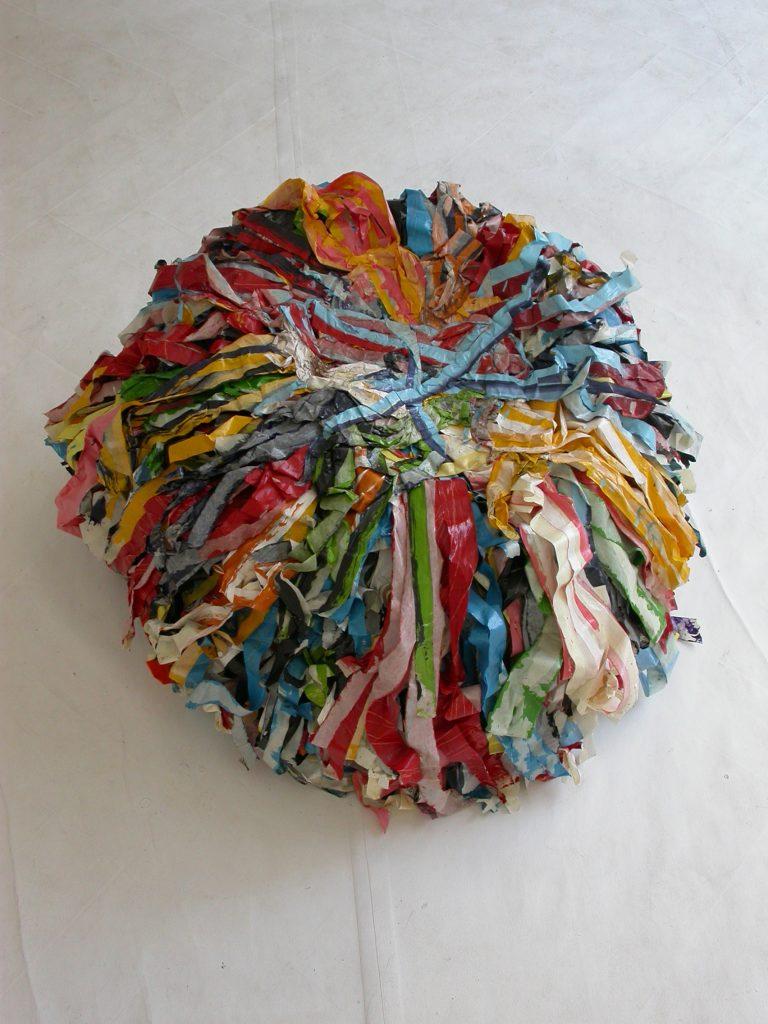 MY PERSONAL CHAIR 2003 Abdeckbänder, Acrylfarben, Lacke, 60x80x80cm