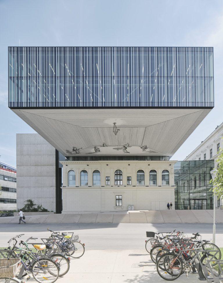 PERSPECTIVA PRACTICA, Kunst-am-Bau für die Universitätsbibliothek in Graz, Sgraffito