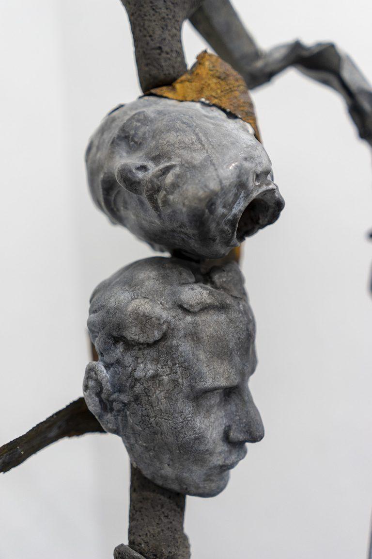 La Grande Coupure, Keramik, Altmetall, 112 x 85 x 30 cm, 2021, Detail