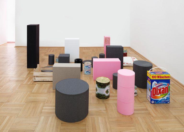 Heinrich Dunst, Bodenarbeit, 2013, Courtesy: Galerie nächst St. Stephan Rosemarie Schwarzwälder Sammlung Hainz, Wien Foto: © Markus Wörgötter, Wien